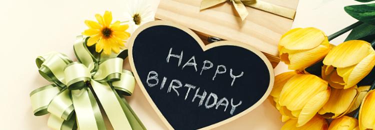 Как красиво и оригинально поздравить любимого мужа с Днем рождения своими словами?