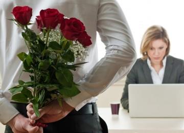 Что можно подарить на 8 марта коллегам по работе и начальнице?