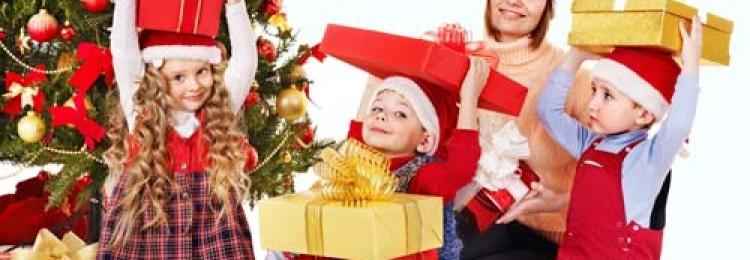 Идеи детских подарков на Новый год, как взрослым по-настоящему порадовать ребенка?