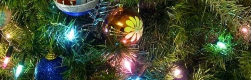 Правильно и красиво украшаем новогоднюю елку гирляндой