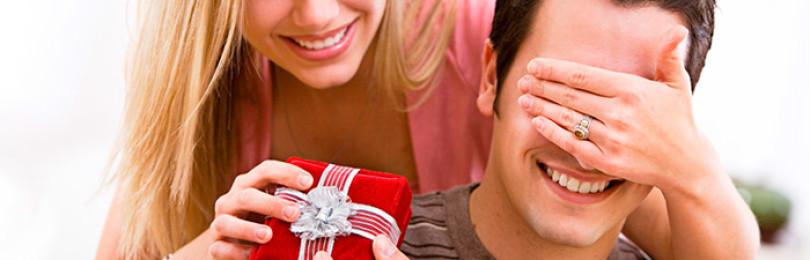 Как выбрать новогодний подарок для парня?
