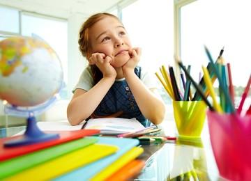 Подарок первокласснику, как порадовать школьника 1 сентября?