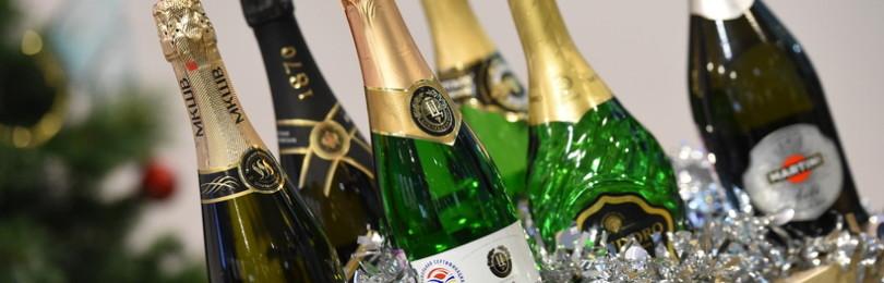 Выбор шампанского на Новый год, и откуда пошла традиция пить этот напиток?