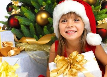 Что подарить девочке на Новый год, интересные идеи