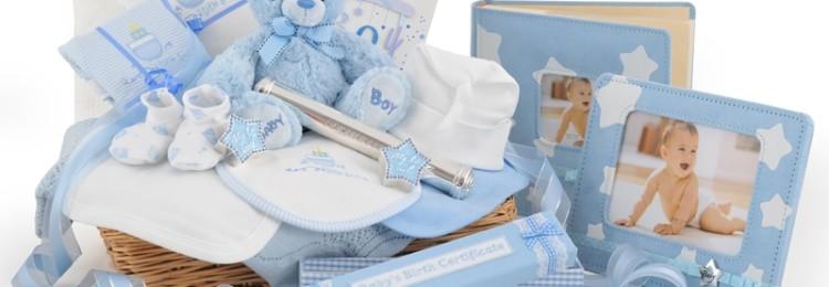 Идеи лучших подарков для новорожденного мальчика и его родителей