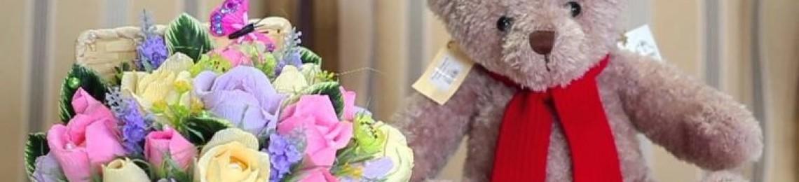 Топовые подарки для крестницы на день рождения