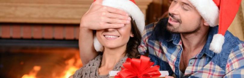 Лучшие идеи новогодних подарков жене — как порадовать любимую?