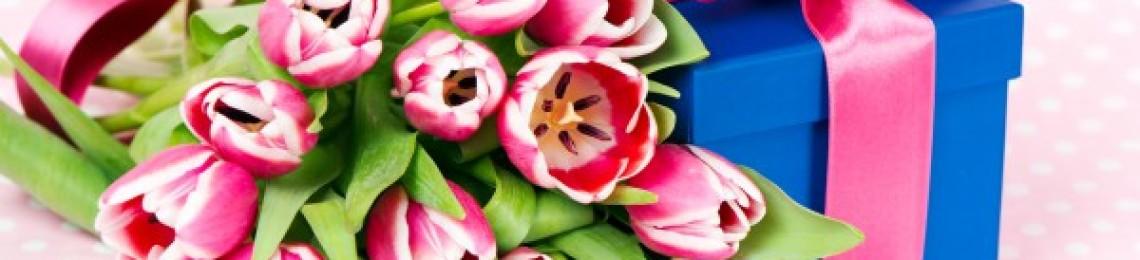 Что подарить на 8 марта — идеи для любимых женщин, коллег, подруг