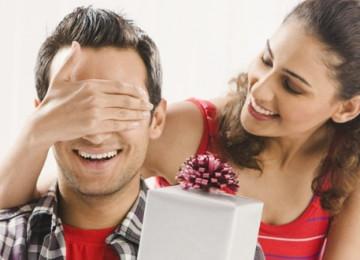 Варианты подарков на 23 февраля для любимого мужчины