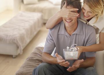 Какой подарок выбрать для мужа на 23 февраля?